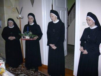 siostry-opatrznosci-bozej-350.jpg