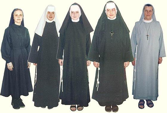 Jaki strój naoszą Albertynki?